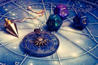 Ramalan Zodiak: Hari Ini Penuh Kejutan Leo, Scorpio Kamu Tak Membuat Kemajuan