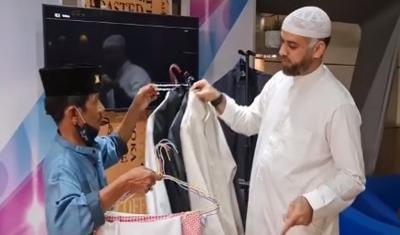 Adik Mendiang Syekh Ali Jaber Ditanya 'Kok Bajunya Enggak Ganti-Ganti?'
