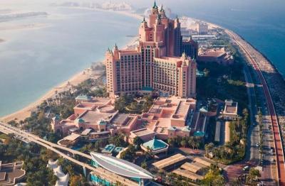 Uni Emirat Arab Kaji Pembatasan bagi Warga Belum Divaksin Covid-19