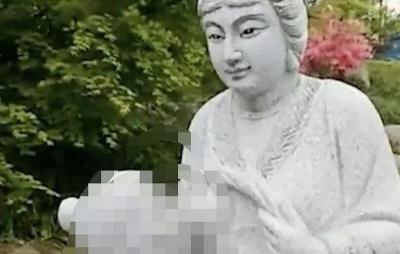 Patung Wanita Menyusui Tuai Kontroversi, Warga Demo Minta Dipindah