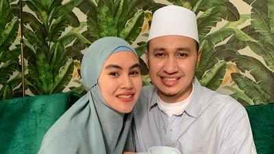 Tak Didampingi Suami, Kartika Putri: Habib Usman Positif Covid-19