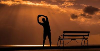 Jaga Kesehatan saat Puasa, Utamakan Asupan Bergizi atau Olahraga?