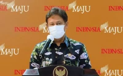 Menkes Budi: 127 WN India Masuk Indonesia, 12 Positif Covid-19
