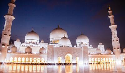 Seleksi Standar Tinggi, 27 Imam Asal Indonesia Segera Bertugas di Uni Emirat Arab