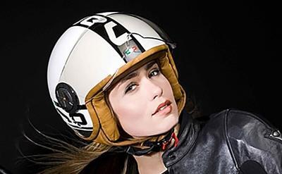 Unik, Helm Batok Ini Desainnya Klasik, Harganya Selangit