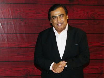 Mukesh Ambani dan Para Miliarder India 'Kabur' Selamatkan dari Covid-19