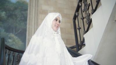 Bangganya Syahrini Khatam Alquran di Bulan Ramadan