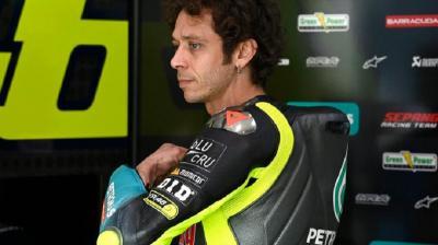 Valentino Rossi Diasapi Luca Marini di Jerez, Lorenzo: Sekarang Dia Lambat