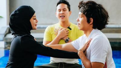 Atta Halilintar dan Aurel Hermansyah Latihan Yoga Kamasutra, Biar Makin Hot di Ranjang?