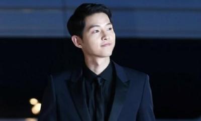 Potret Menggemaskan Song Joong Ki hingga Kim Seon Ho saat Balita