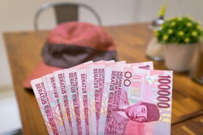THR Cair, Waspada Diimingi-imingi Investasi Bodong