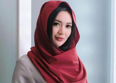 Cantiknya Wika Salim Pakai Pashmina, Netizen: Adem Banget Kayak Kipas Angin Nomor 3
