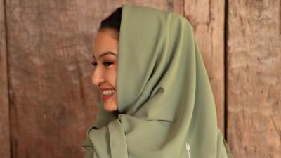Cantiknya Raline Shah Berhijab Panen Pujian, Netizen: Ngeri, Bidadari Bikin Jatuh Hati