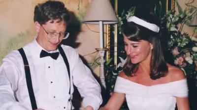 Resmi Jadi Janda, Begini Pesona Kecantikan Melinda Gates saat Masih Muda