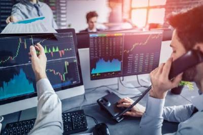 Research Corner MNC Sekuritas: Mengenal Sell in May and Go Away, Mitos atau Fakta?