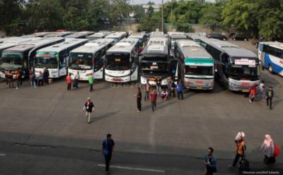 Hari Pertama Larangan Mudik, Hanya Dua Bus yang Berangkat dari Terminal Kalideres