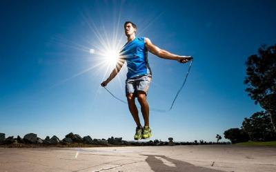 4 Tips Olahraga saat Puasa, Biar Enggak Lemas