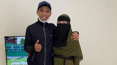 Penampilan Baru Istri UAS Setelah Menikah, Fatimah Az Zahra Kini Bercadar