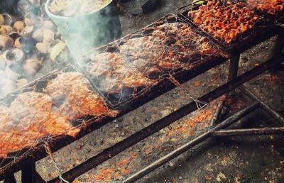 5 Tempat Buka Puasa di Padang Sajikan Makanan Khas Minang, Lamak Bana!