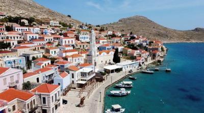 Yunani Kembali Buka Pintu bagi Turis Asing Termasuk dari Amerika