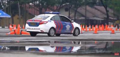 Mengintip Polisi Pengawal Asah Skill Berkendara