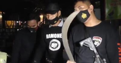 Patroli Polisi Dihadang Sekelompok Pemuda Bercelurit di Bekasi