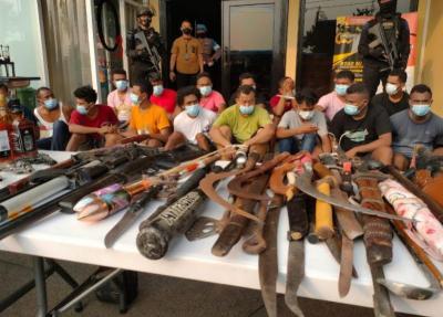 Polisi Sita Narkoba dan Senjata Rakitan dari Kampung Ambon