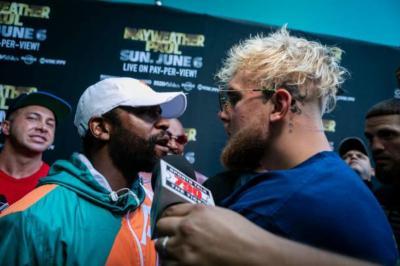 McGregor: Perbuatan Floyd Mayweather kepada Jake Paul Memalukan!
