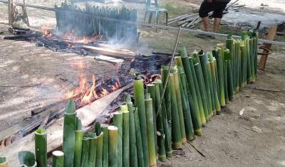 Jelang Idul Fitri, Tradisi Mangalomang Menjaga Ikatan Batin Warga Padanglawas Tetap Terpelihara