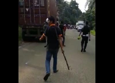 Ayunkan Kelewang, Pria Ini Mengamuk Buru Para Pengendara di Tangsel
