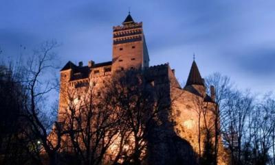 Kastil Drakula Jadi Tempat Vaksinasi Covid-19, Seperti Apa Penampakannya?