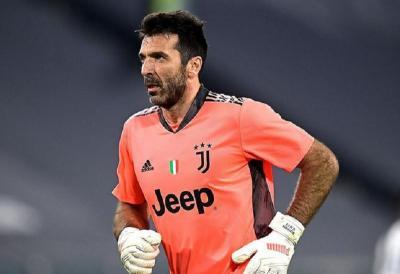 Buffon Konfirmasi Tinggalkan Juventus Akhir Musim Ini