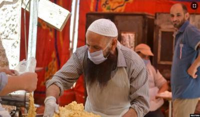 Selalu Ada Makanan Gratis Selama Ramadhan di Kota Gurun Ini
