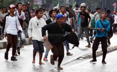 Tawuran Antar Remaja Pecah di Cengkareng