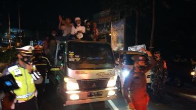 Truk Takbir Keliling Dirazia di Simpang Gadog, Bedug Dibongkar Petugas