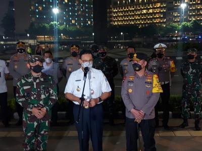 Pantau Malam Takbiran di Ibu Kota, Anies: Alhamdulillah Terkendali