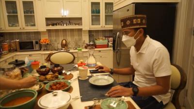 Ketupat Betawi Menu Khas Lebaran Sandiaga Uno, 3 Hari 3 Malam Makannya Ini Terus