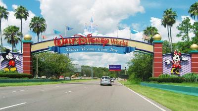 Disney World Longgarkan Prokes, Pengunjung Bisa Lepas Masker
