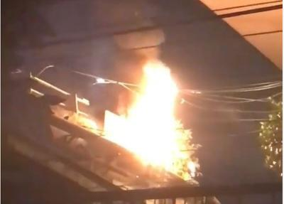 Kabel Listrik Terbakar di Terowongan Stasiun Cawang