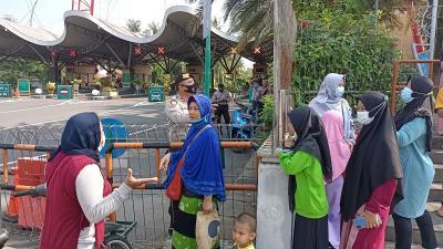 Wisata Ancol Ditutup, Warga Kecewa Sudah Beli Tiket Sebelum Lebaran