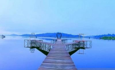 Pesona Danau Laet Sanggau dengan 12 Gugusan Pulau