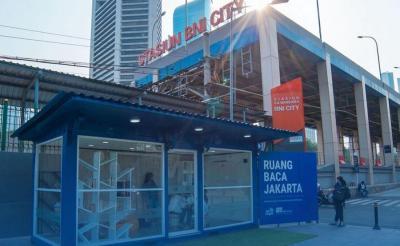Hari Buku Nasional, Anies Baswedan Ajak Traveler Berkunjung ke Microlibrary MRT Jakarta