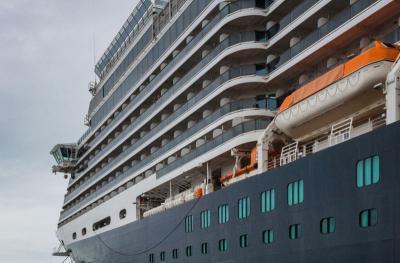 Kapal Titanic Bersandar di China, Menginap Semalam Bujetnya Rp4,4 Juta