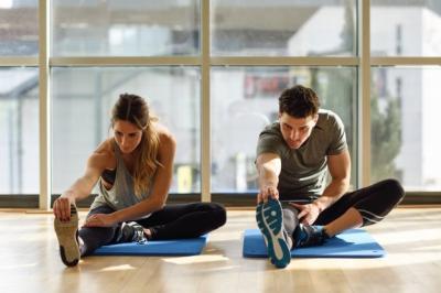 Makan Tak Terkontrol saat Lebaran, Atasi dengan 3 Olahraga Ini
