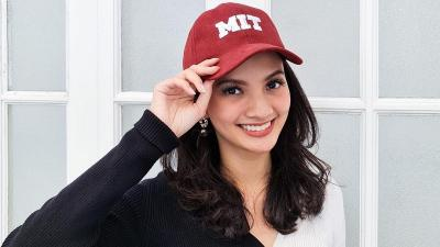 4 Potret Cantik Sabrina Anggraini, Pacar CEO Ruangguru yang Bikin Netizen Patah Hati