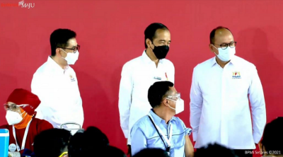 Senang Vaksinasi Gotong Royong Dimulai, Jokowi: Bekerja Lebih Produktif Lagi