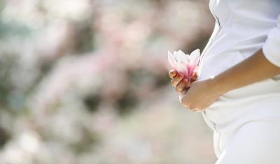 Bagaimana Islam Memandang Pria Menikahi Perempuan Hamil Akibat Zina?