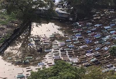 TPU Kober Pendongkelan Terendam Imbas Hujan Deras
