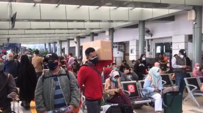 Pengetatan Perjalanan Berlaku, 8.000 Penumpang Berangkat via Stasiun Senen