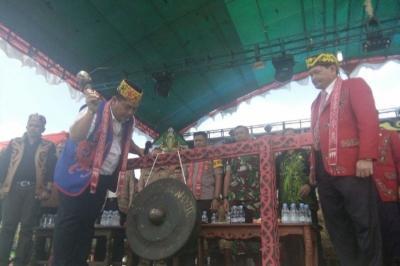 Ini Makna di Balik Tradisi Pesta Panen Gawai Dayak